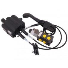 Zestaw 90L do ładowacza czołowego: Rozdzielacz + Elektrozawór + Joystick z przyciskiem + Linki na kulkę stalową 2000mm Waryński
